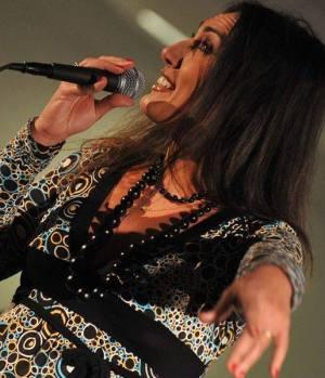 anna_luana_tallarita_singer_acrtor (24)